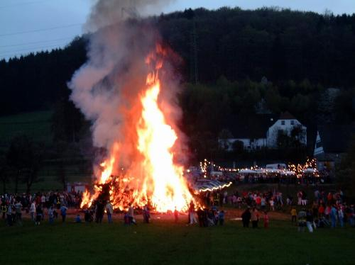 Osterfeuer 2000